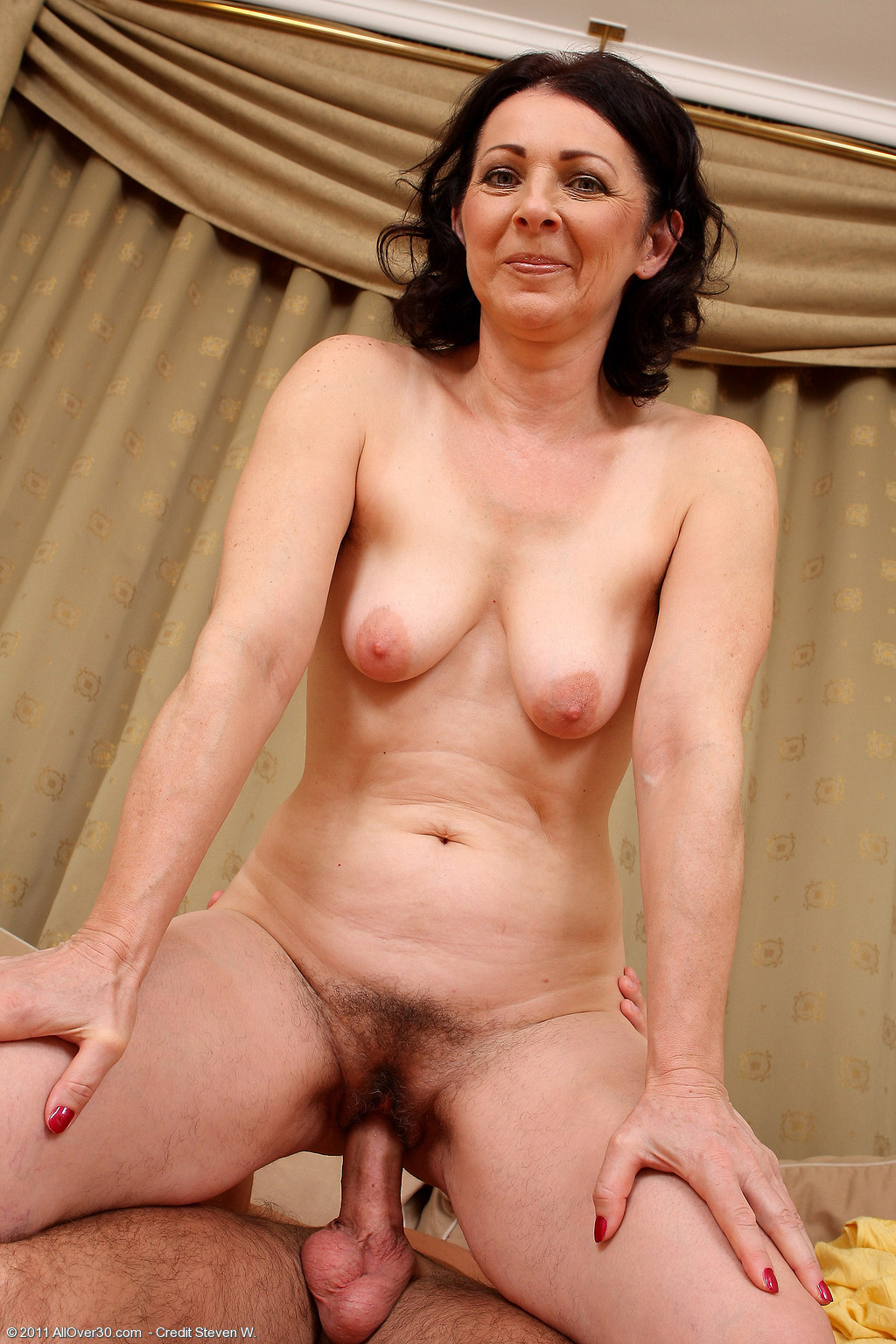 Milf amateur mom video galleries