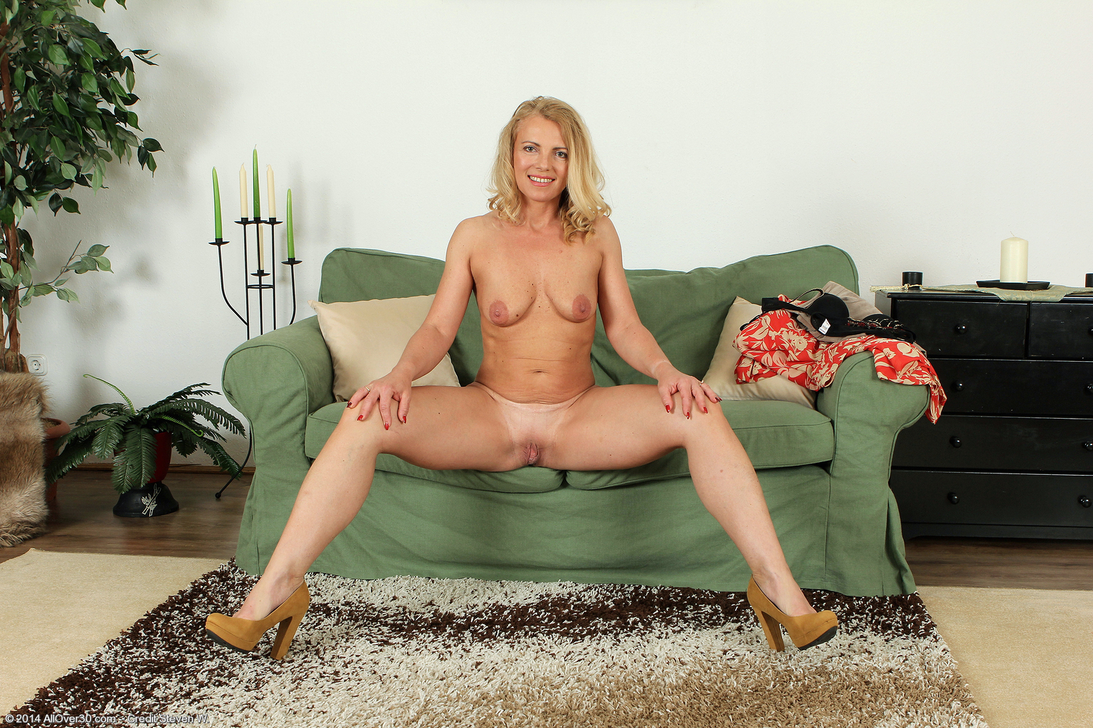18 years old britney beth gets fucked 8