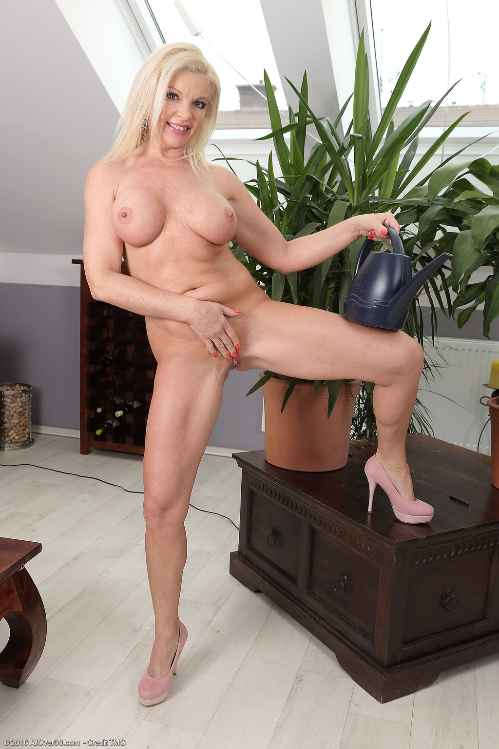 Carla mother milf