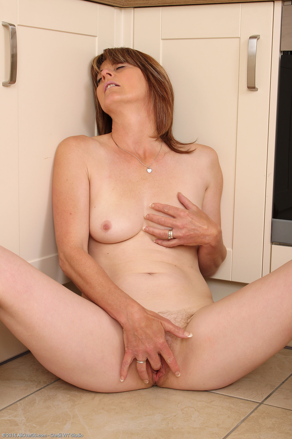 30 year old isn039t too old to get that cock 5