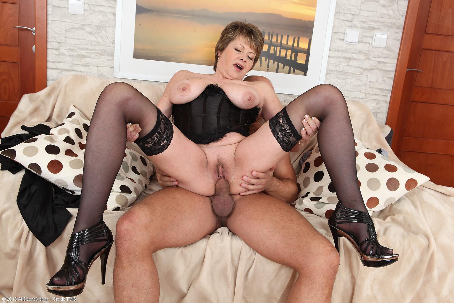 Just Mama Mädchen Porno Rohr want take