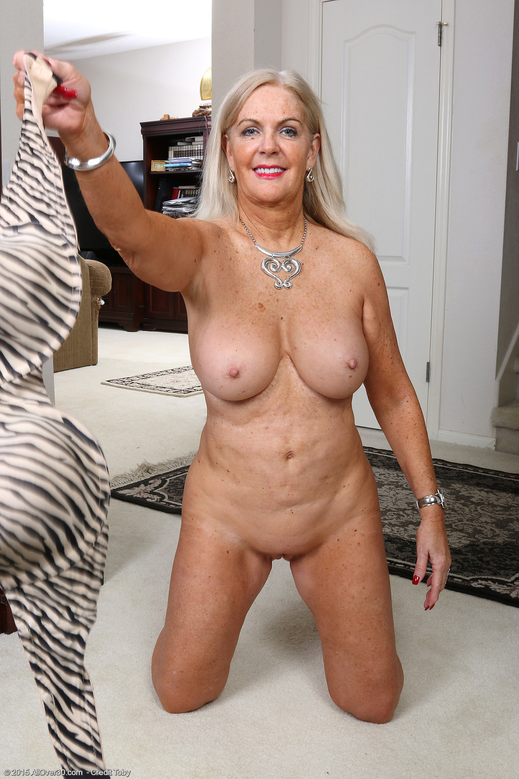 58 Year Old Judy Mayflower - Exclusive Milf Pictures From -8252