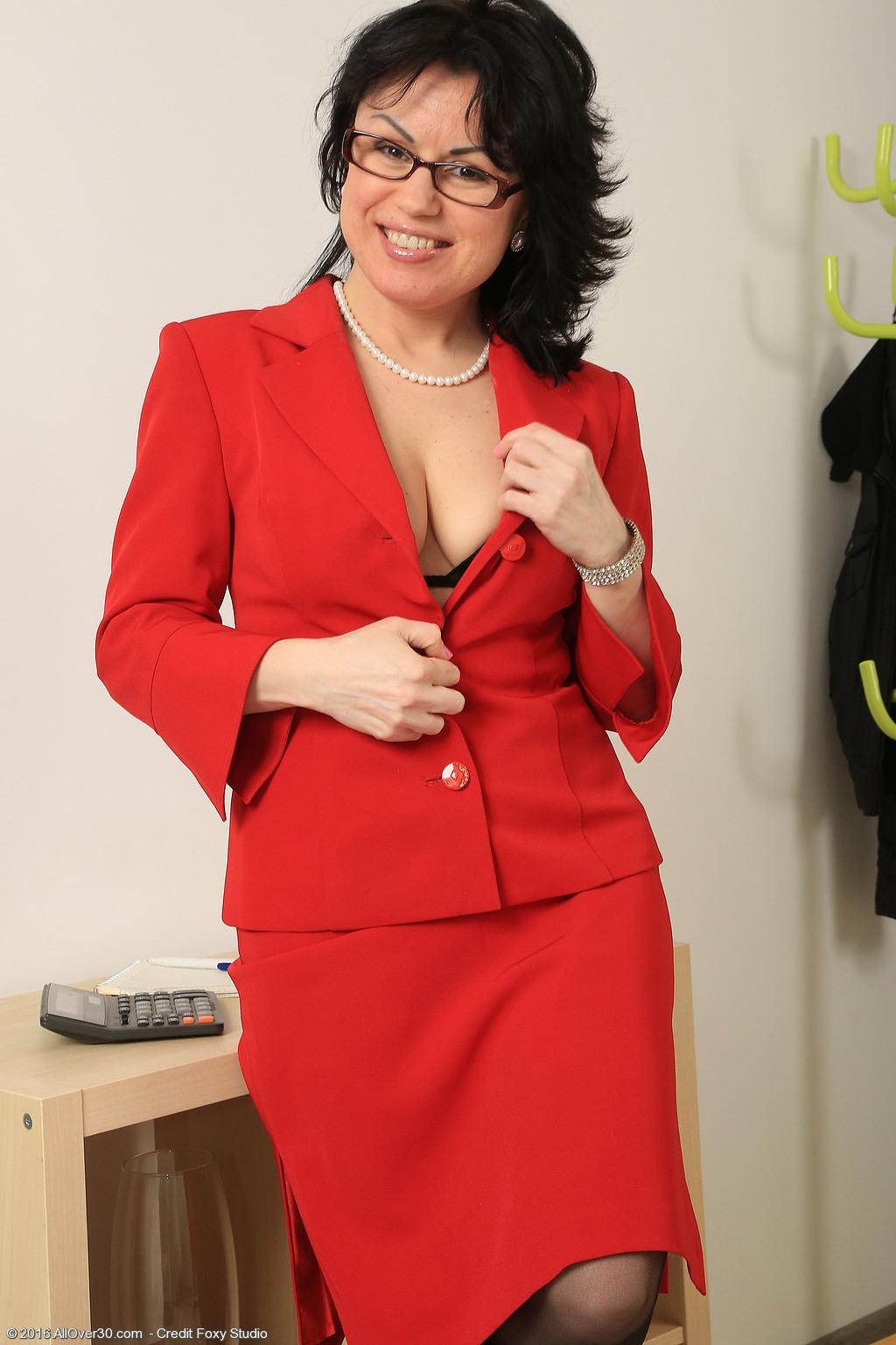 Cynthia lynn from hogan's heros nude anime vids