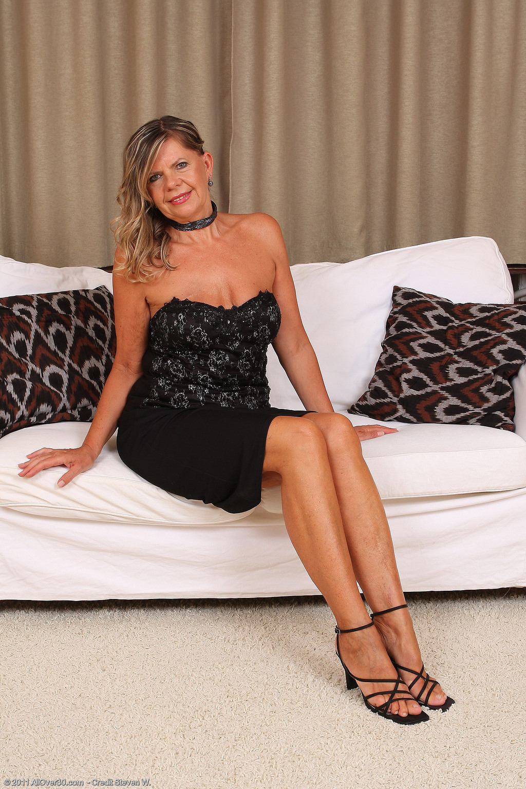 56 year old samantha p - exclusive milf pictures from allover30