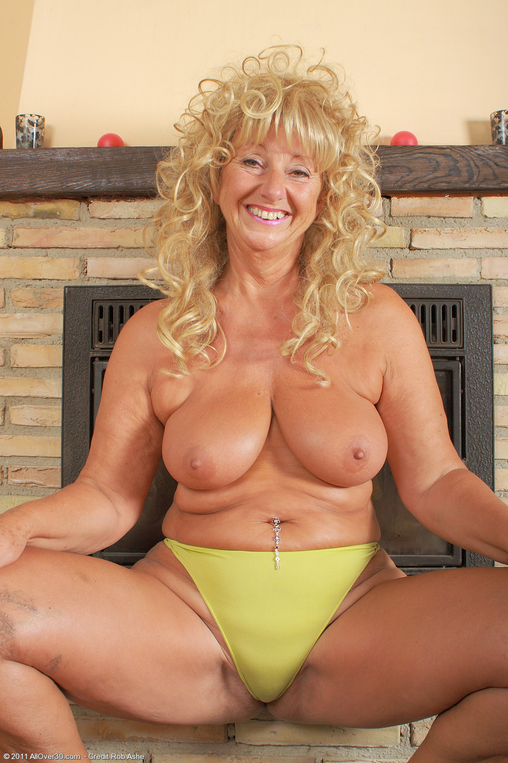 62 Year Old Samantha T - Exclusive MILF Pictures from ...
