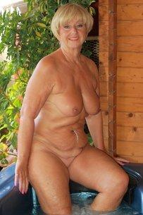 pics-of-naked-yr-old-milfs-art-nude-tgp