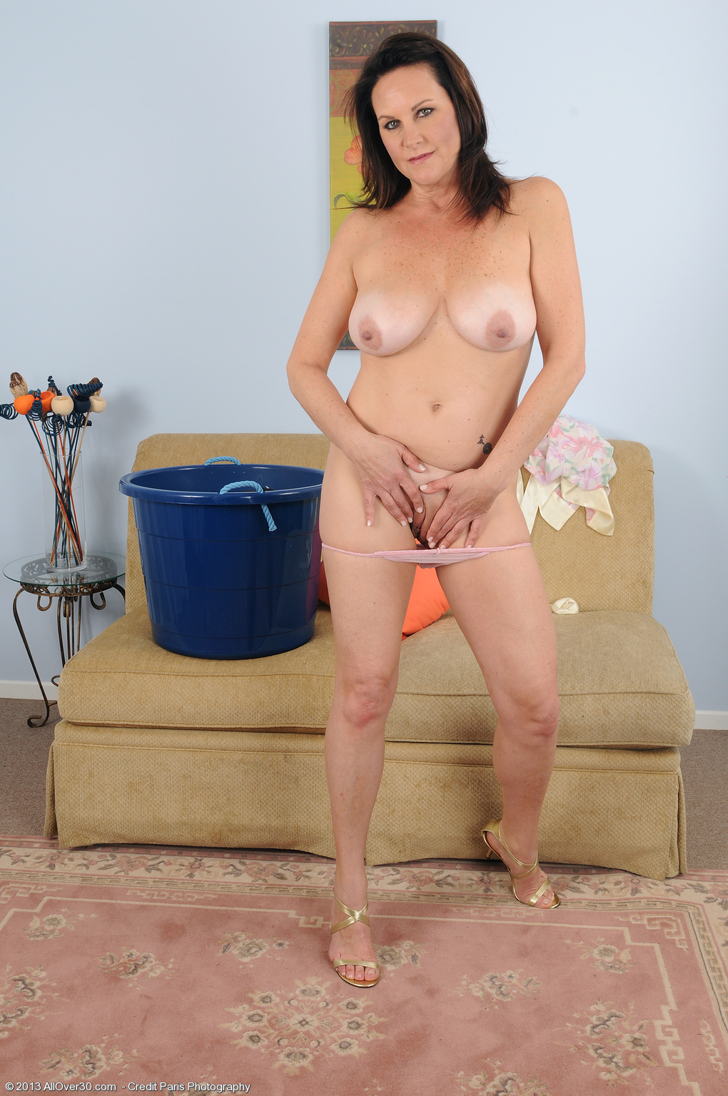 46 year old milf masturbates in soaked panties - 1 9