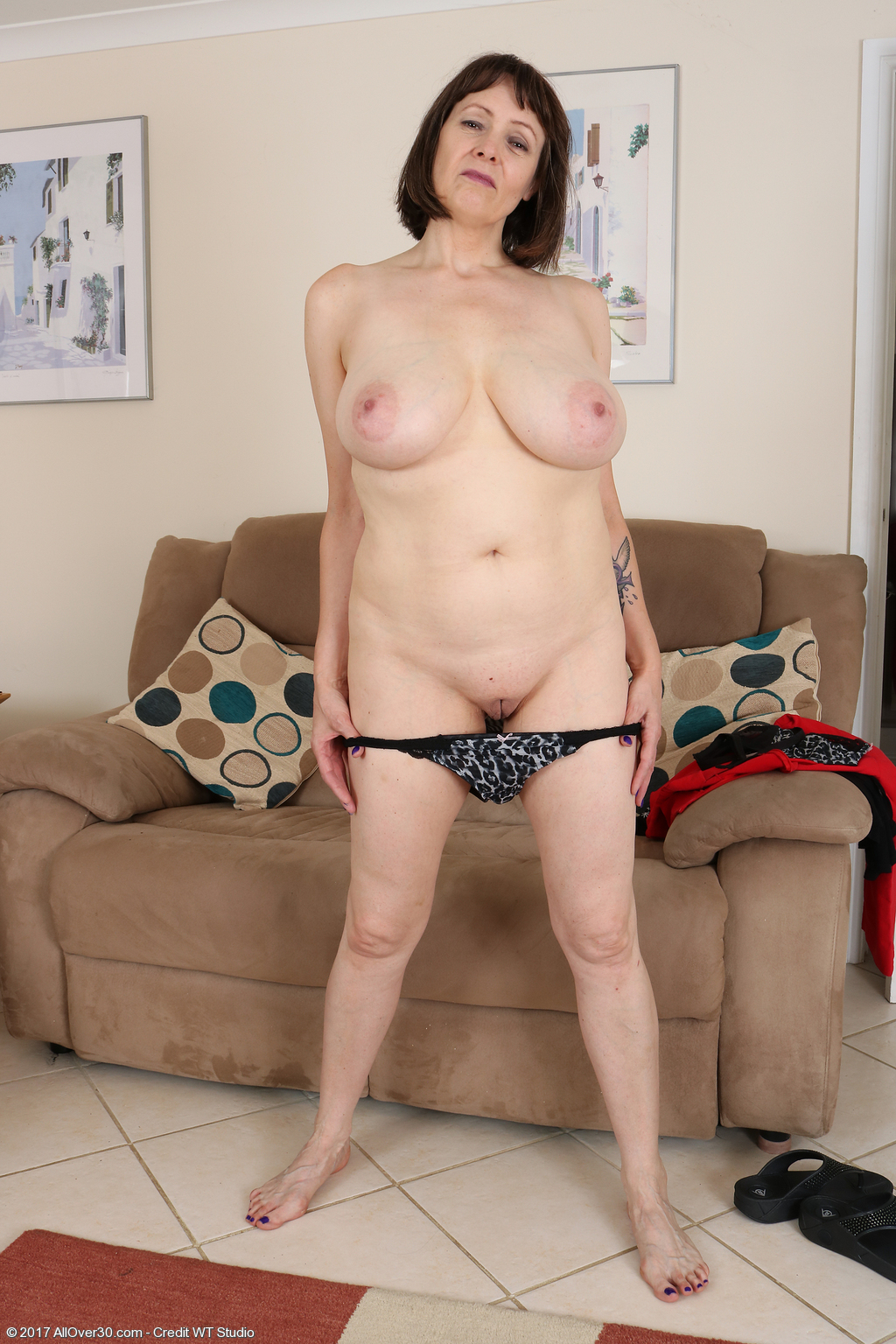 49 Year Old Tigger - Exclusive Milf Pictures From -5084