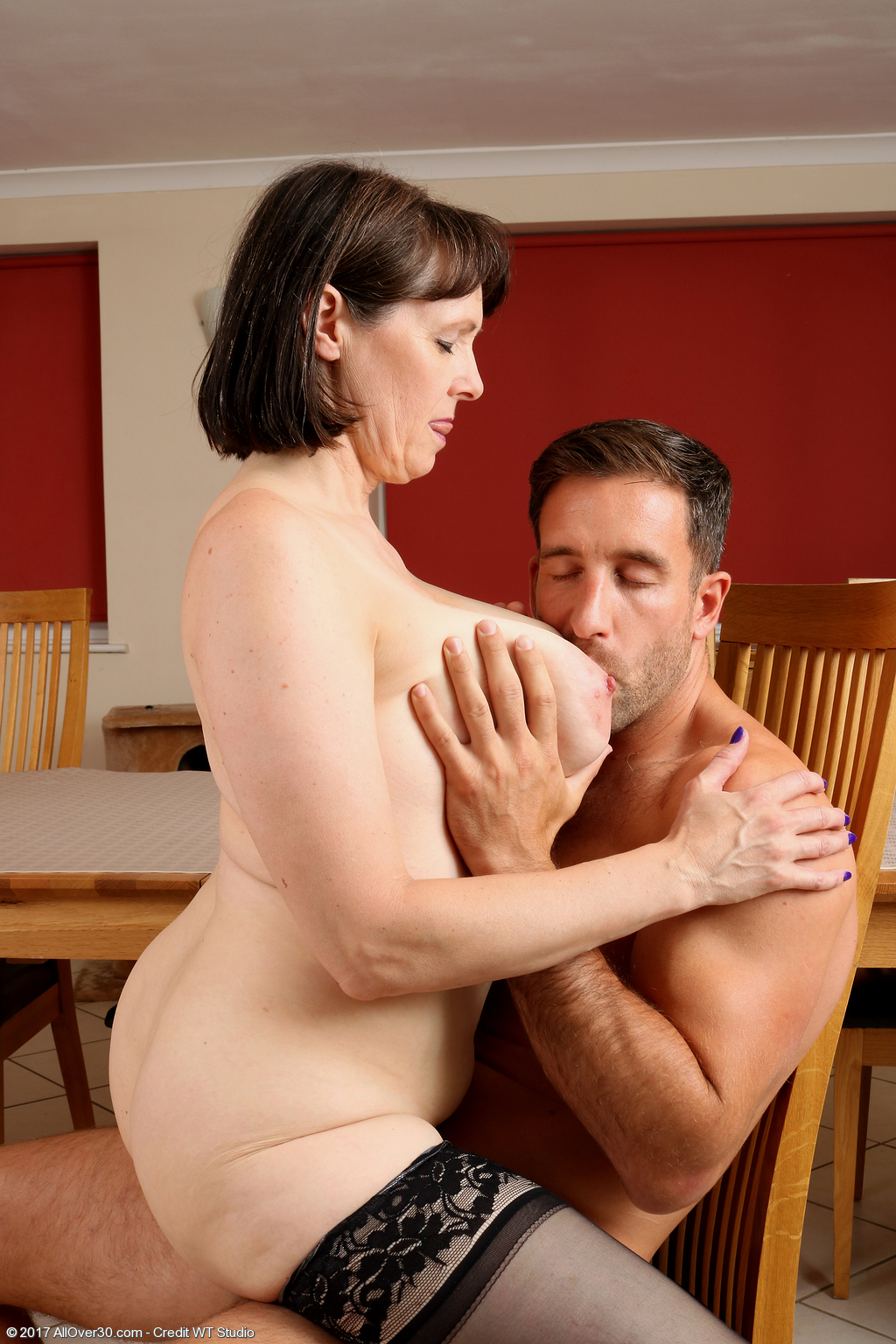 49 Year Old Tigger - Exclusive Milf Pictures From -3173