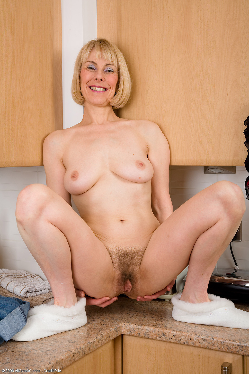maneesha koerala showing brest pussy and pucking